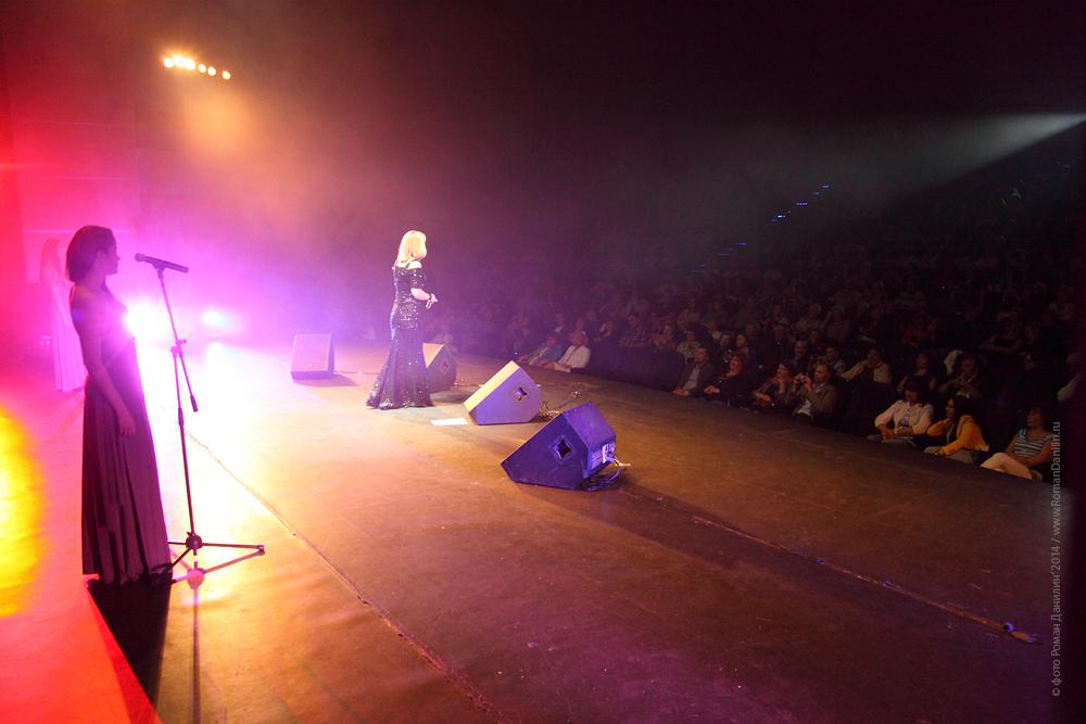 Катерина Голицына. Концерт Летний шансон, 21 июня 2014 года © фото Роман Данилин' 2014 / www.RomanDanilin.ru