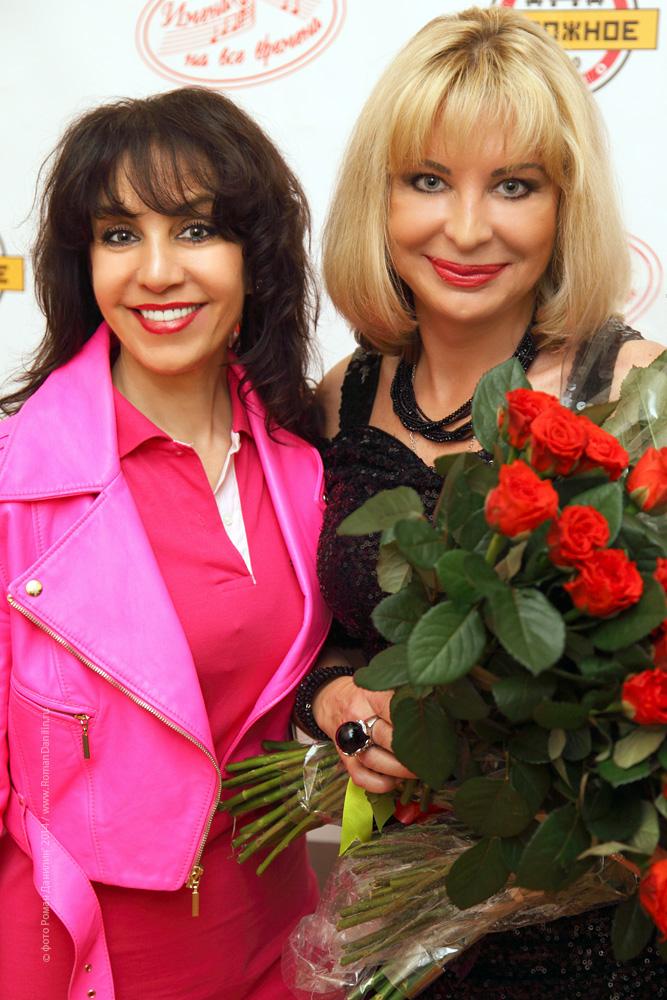 Мила Романиди и Катерина Голицына. Концерт Летний шансон, 21 июня 2014 года © фото Роман Данилин' 2014 / www.RomanDanilin.ru