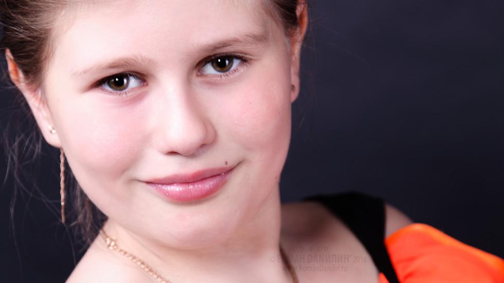 Персональное портфолио. Лера Огонёк © фото Роман Данилин' 2012 / www.RomanDanilin.ru