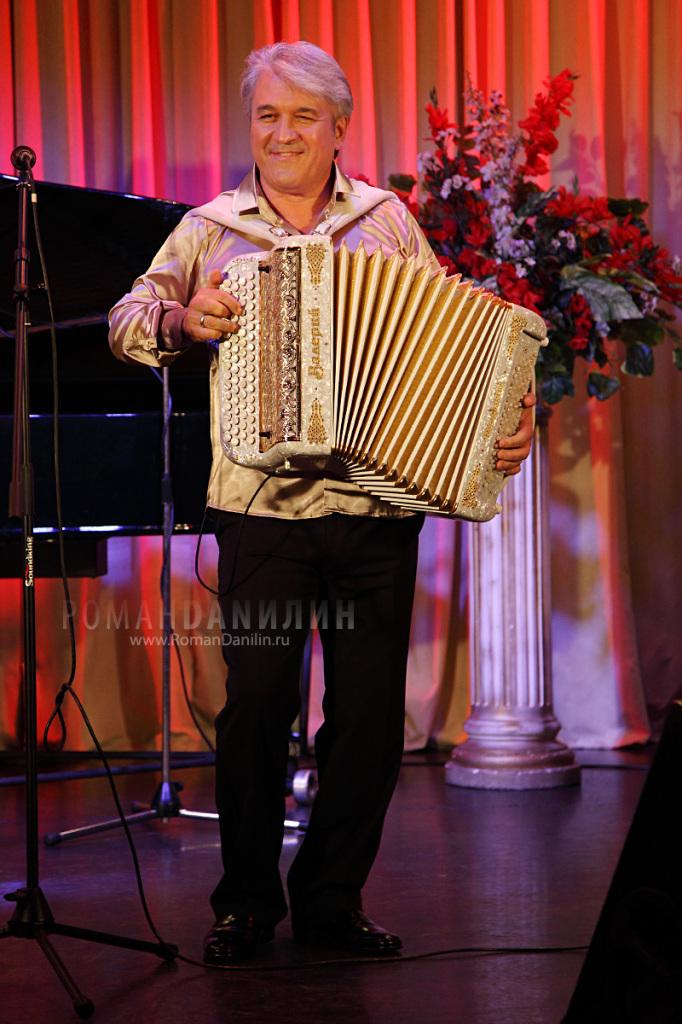 Валерий Сёмин. Концерт Любовь - волшебная страна, 30 октября ДомЖур © фото Роман Данилин' 2014 / www.RomanDanilin.ru