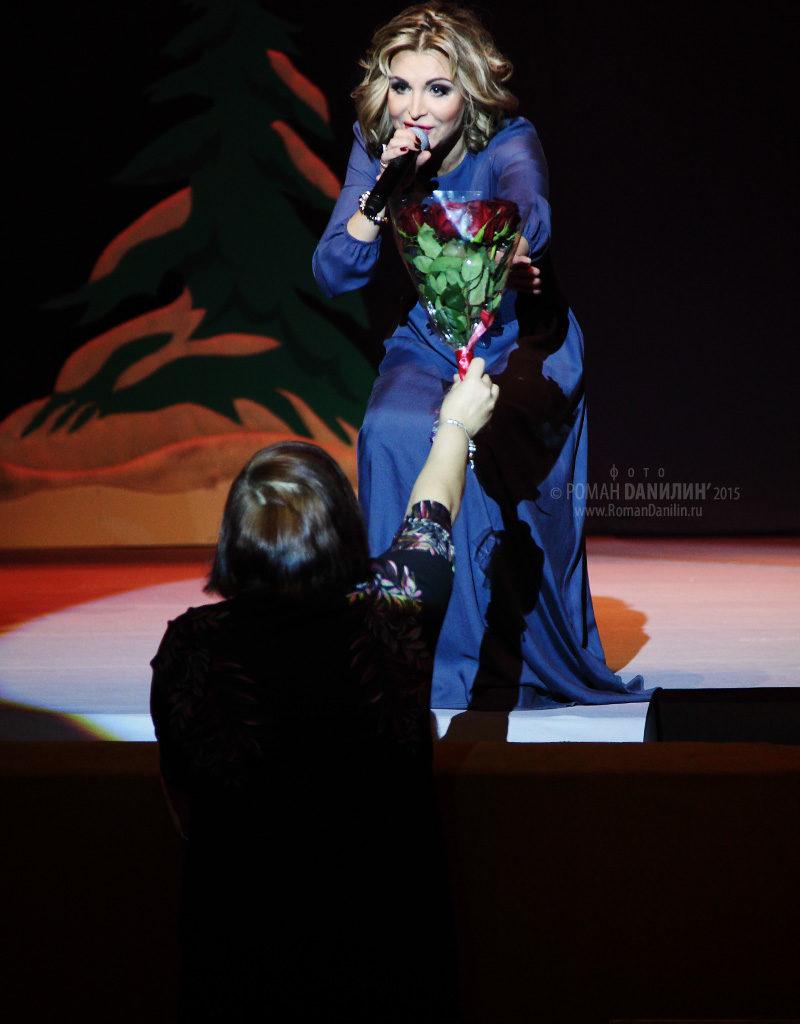 Катерина Голицына. Какая дама пропадает. На бис! 30 декабря 2014 года, БКЗ Космос, Москва © фото Роман Данилин' 2015 / www.RomanDanilin.ru