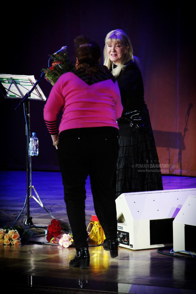 Жанна Бичевская. Концерт Любимые песни и романсы. 16 апреля 2015 года, Зал Церковных Соборов, Москва © фото Роман Данилин' 2015 / www.RomanDanilin.ru