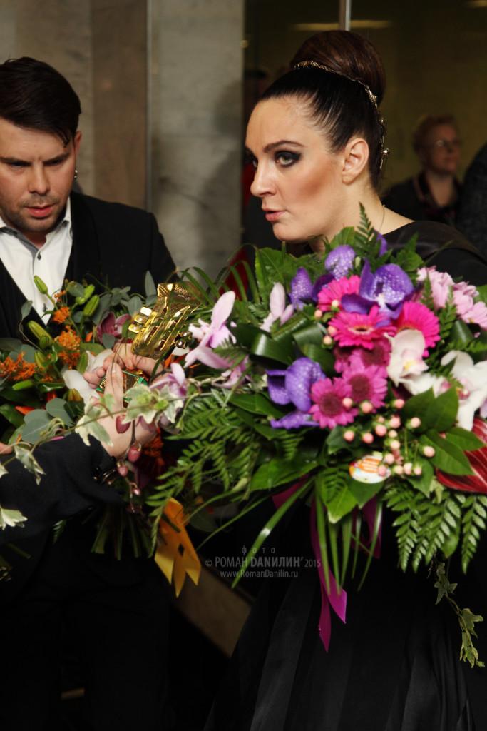 Елена Ваенга. Шансон года 2015. 18 апреля 2015 года, Государственный Кремлёвский дворец, Москва © фото Роман Данилин' 2015 / www.RomanDanilin.ru