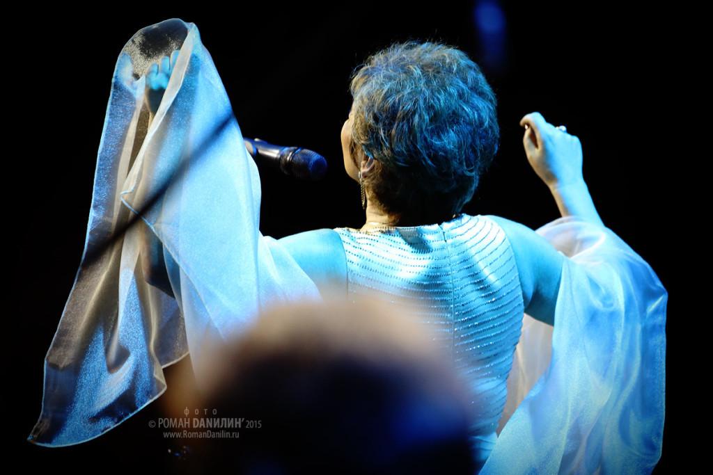 Нина Дилон. Концерт Гимн любви... 16 января 2015 года, Московский международный дом музыки, Москва © фото Роман Данилин' 2015 / www.RomanDanilin.ru