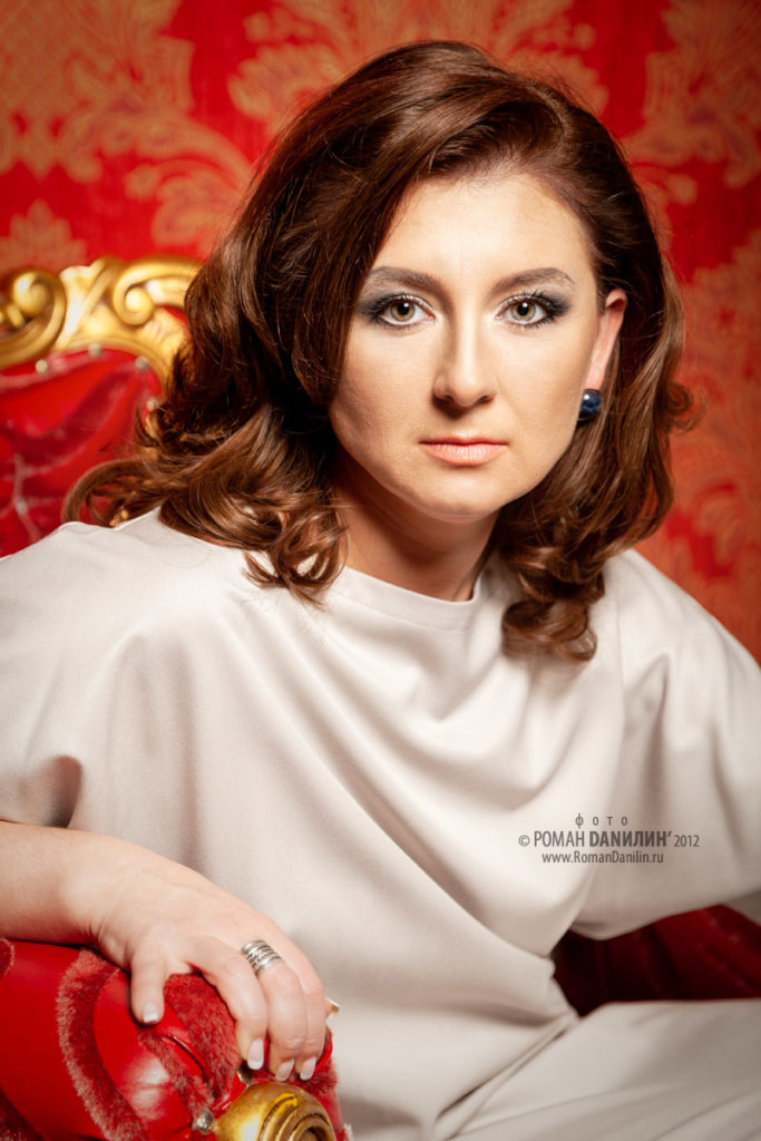 Персональное портфолио. Фотосессия девушки © фото Роман Данилин' 2012 / www.RomanDanilin.ru