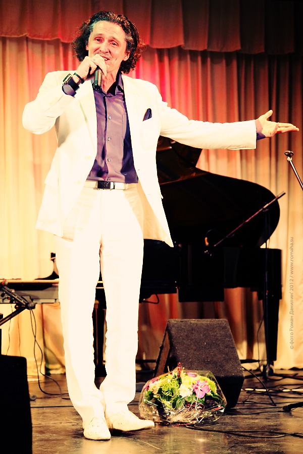 Катерина Голицына. Концерт Любимые песни. ДомЖур, 24 февраля 2012 © фото Роман Данилин' 2012 / www.RomanDanilin.ru
