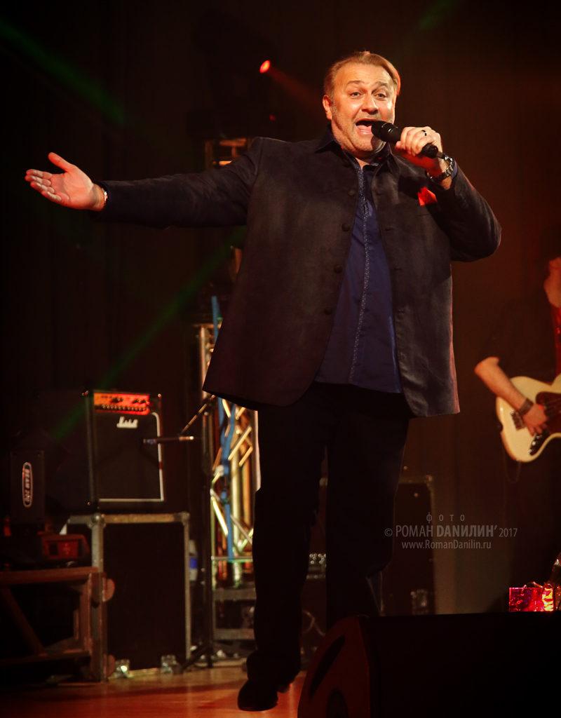 Валерий Курас. Концерт Какая ты красивая! 7 марта 2017 года, Концертный зал на Новом Арбате © фото Роман Данилин' 2017 / www.RomanDanilin.ru