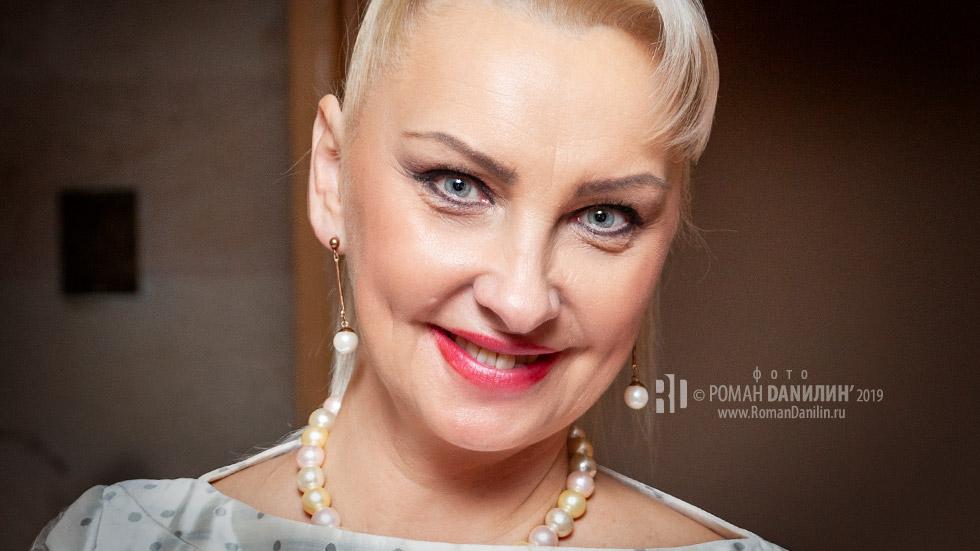 Марина Парусникова отмечает День рождения © фото Роман Данилин' 2019 / www.RomanDanilin.ru